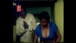 Downblouse Mallu Actress !! Cleavage !!