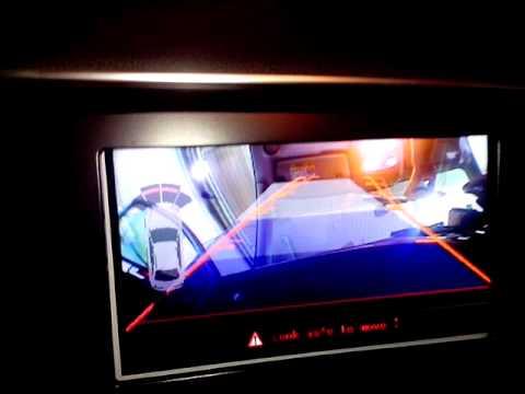 Установка камеры заднего вида Audi Q5 Concert