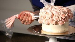getlinkyoutube.com-How to Do a Swirl Design | Wedding Cakes