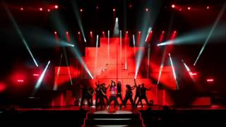 getlinkyoutube.com-Cheryl Cole - Fight For This Love live [A Million Lights Tour DVD - Live At The O2]