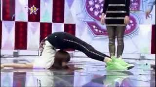 getlinkyoutube.com-F(x) Victoria Vs a Girl Flexibility