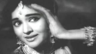 getlinkyoutube.com-Chori Ho Gayi Raat - Joy Mukherjee, Vaijayanti Mala, Ishara Song (Duet)