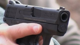 getlinkyoutube.com-Smith & Wesson M&P Shield: Concealed Carry Standard