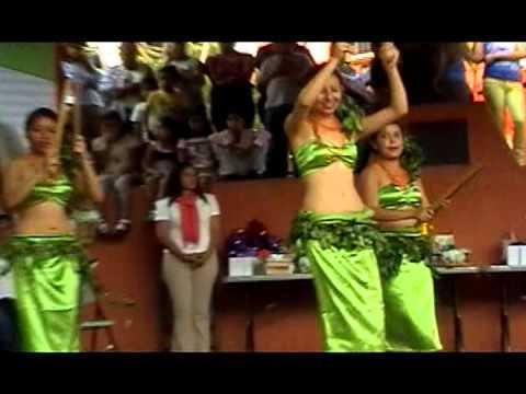 Bailes Hawaianos en Malinalco, Méx.  (Día de la Madre 2013)