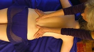 getlinkyoutube.com-Back Massage Pure Relaxation Technique How To Give A Back Massage, ASMR Athena Jezik