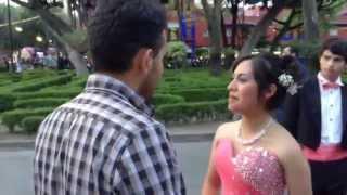 getlinkyoutube.com-ROBANDO BESOS CON PREGUNTAS | besando desconocidas | kissing girls | 3pesosfilms