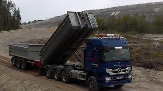 getlinkyoutube.com-Mercedes-Benz Actros 2651L 8x4 V8 Hook Lift Tipping Gravel