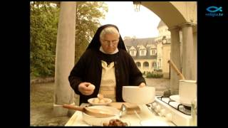 """getlinkyoutube.com-""""Anielska kuchnia"""" - Zupa z dyni"""