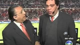 getlinkyoutube.com-Casagrande chora com entrada do Corinthians em campo   Mundial Clubes 2012