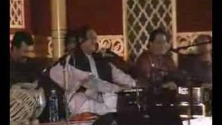 getlinkyoutube.com-GHULAM ALI with ANUP JALOTA (LIVE TOGETHER)
