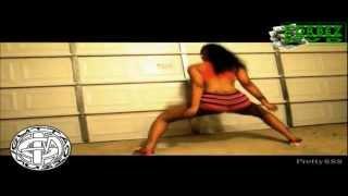 getlinkyoutube.com-Bands Make A Dance Twerk Team VS Strippers
