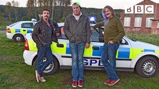 getlinkyoutube.com-Jeremy Clarkson takes part in a Police chase - Top Gear: Series 21 Episode 1 - BBC Two