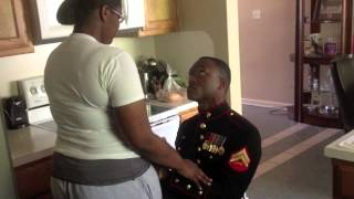 getlinkyoutube.com-Marine Surprise Homecoming and Proposal