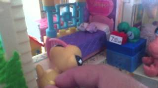 getlinkyoutube.com-Lps the moving day part 1