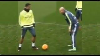 getlinkyoutube.com-Cristiano Ronaldo intentó  un caño/tunel/nutmeg a Zidane