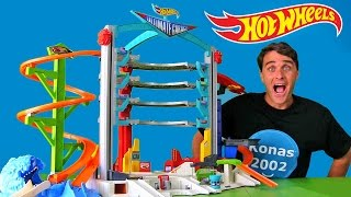 getlinkyoutube.com-Hot Wheels Ultimate Garage ! || Toy Review || Konas2002