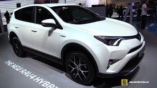getlinkyoutube.com-2016 Toyota Rav4 Hybrid - Exterior and Interior Walkaround - 2015 Frankfurt Motor Show