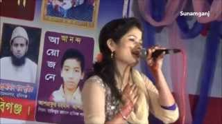 getlinkyoutube.com-Amai Jotho Dukkho Dili Bondhu Re - Urmi Shorkar - MohuRaja 2015 - HD