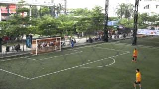 getlinkyoutube.com-Hmong Bangkok Cup 2015 - Semifinals - Full Highligh (Yellow shirts 1-0 Black shirts) Khosiab TV