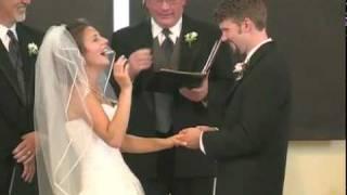 getlinkyoutube.com-ART Online   عروس لم تستطع أن تكف من الضحك أثناء مراسم زفافها   شاهد المرفق ههههههههههه