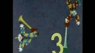 getlinkyoutube.com-Sesame Street - Dancing clowns (8)