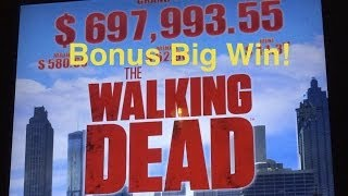 getlinkyoutube.com-Walking Dead Slot Machine-Walker Bonus-Big Win!