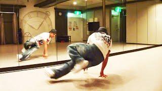 getlinkyoutube.com-初心者のためのブレイクダンス基礎講座〝1歩〟という技のやり方を教えます