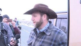 getlinkyoutube.com-Oregon militia standoff ends, Ammon Bundy arrested