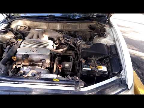 Расположение предохранителя омывателя фар в Lexus ES300
