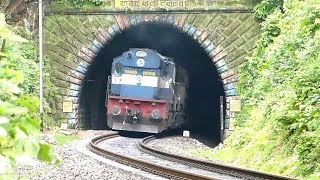 getlinkyoutube.com-INDIAN RAILWAYS HONKING COMPILATION !!