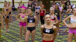 getlinkyoutube.com-Dance Moms Bonus Scene ALDC LA Auditions 5x07