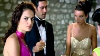 getlinkyoutube.com-Sezen Aksu - Bir Zamanlar Deli Gönlüm - O Kadın 2007