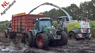 getlinkyoutube.com-Claas Jaguar 950 | Harvesting mais in extreme mud | 6 Fendts | Blankespoor | NL | 2014.
