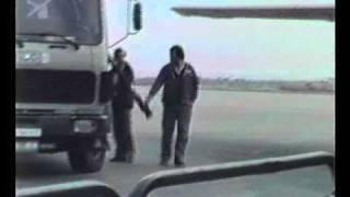 getlinkyoutube.com-ΗΡΑΚΛΕΙΟ ΚΡΗΤΗΣ..1987 OLYMPIC AIRWAYS GROUND HANDLING B727  SX-CBA ...PART ..1