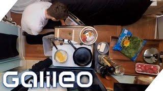 getlinkyoutube.com-Die kleinste Wohnung Manhattans | Galileo | ProSieben