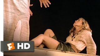 The Jewel of the Nile (5/5) Movie CLIP - A Swinging Rescue (1985) HD