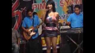 getlinkyoutube.com-Dua Kursi - Panggung Dangdut SATRIA Vocal Fitri Cemok