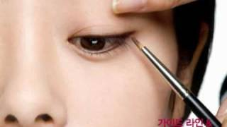 getlinkyoutube.com-눈꼬리 처진 눈 아이라인 그리기_Eye Makeup for Drooping Eyes