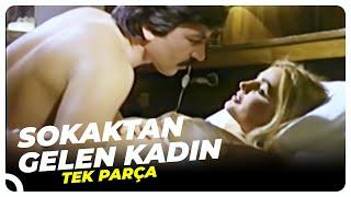 getlinkyoutube.com-Sokaktan Gelen Kadın - Türk Filmi
