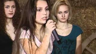 getlinkyoutube.com-miss fata de la tara: mihaela musuroi din izbiceni, olt (3)