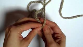 getlinkyoutube.com-Aprende a tejer:Unir dos lanas