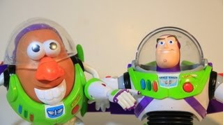 getlinkyoutube.com-Disney PIxar Buzz Lightyear Talking Action Figure Toy VS Mr. Potato Head Buzz TOY STORY