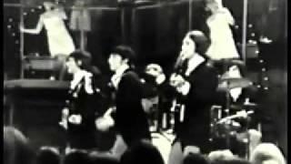 getlinkyoutube.com-The Kinks - Set me free