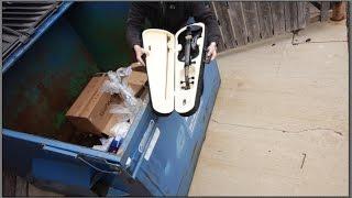 getlinkyoutube.com-BUSTED Dumpster Diving on Black Friday