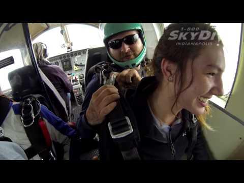 Brooke Flude's Tandem skydive!