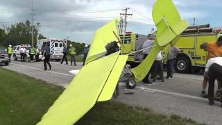 getlinkyoutube.com-Ultralight Aircraft Crash Landing