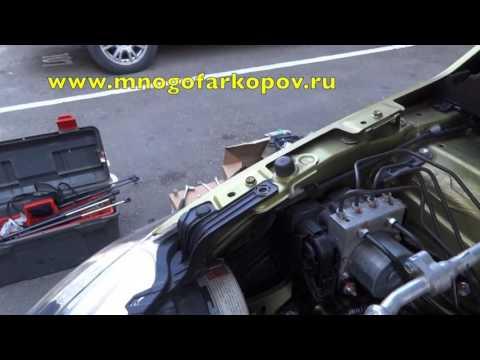 Амортизатор (упор) капота на Suzuki SX4 KU-SZ-SX02-00 (обзор,установка)