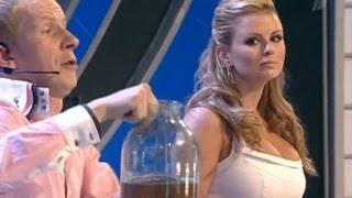 getlinkyoutube.com-Анна Семенович и Сергей Лазарев отожгли на сцене
