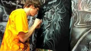 getlinkyoutube.com-Airbrush Lion White on Black Shirt