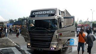 getlinkyoutube.com-Hino 500 Lohan Konsep Scania Juga Ikut Kontes Modifikasi Truk Jogja